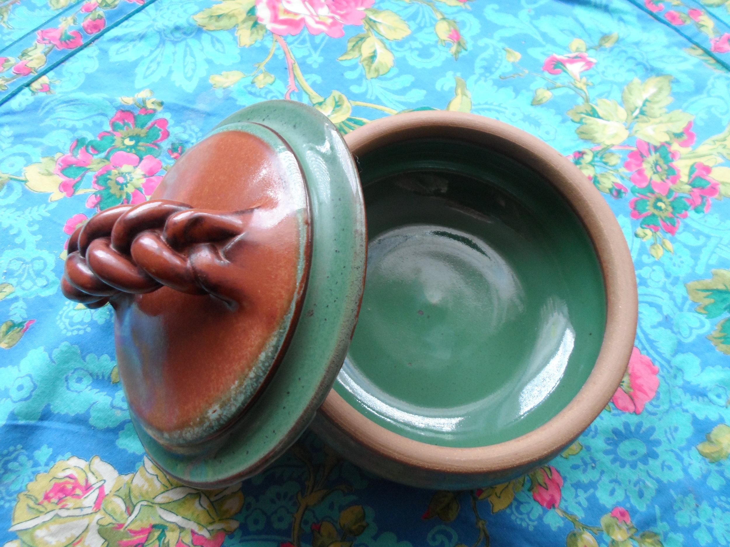 Ridgeline Pottery - Sturdy pottery that reflects the Vermont landscape