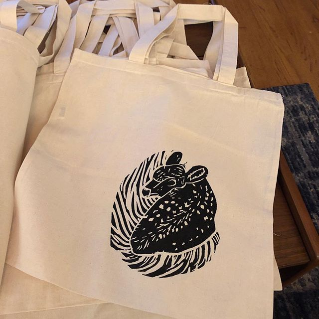 I'm putting a few of my linocut designs on totes for the holidays. Scorpio is my fav!!! #linocut #vinyl #dallasartist