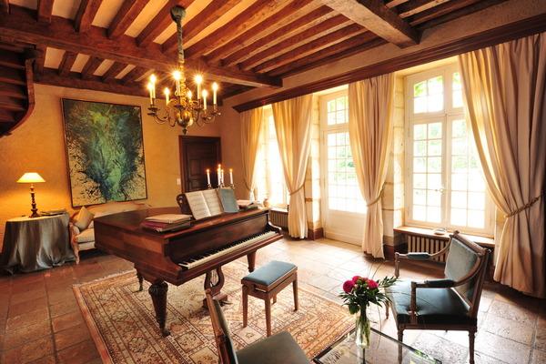 Chateau Alizes, Bordeaux, France