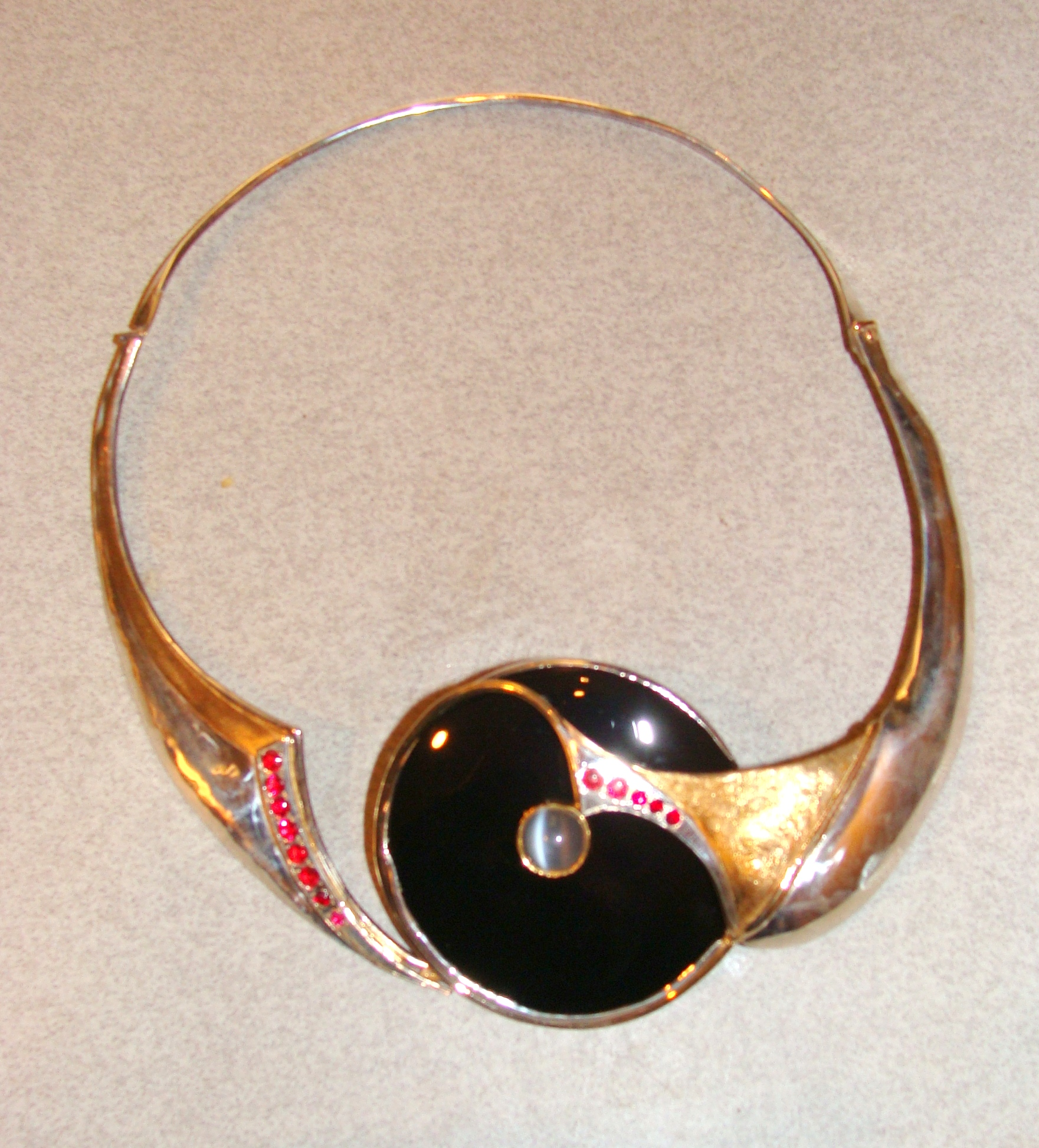 Kim Kravitz neck piece.JPG