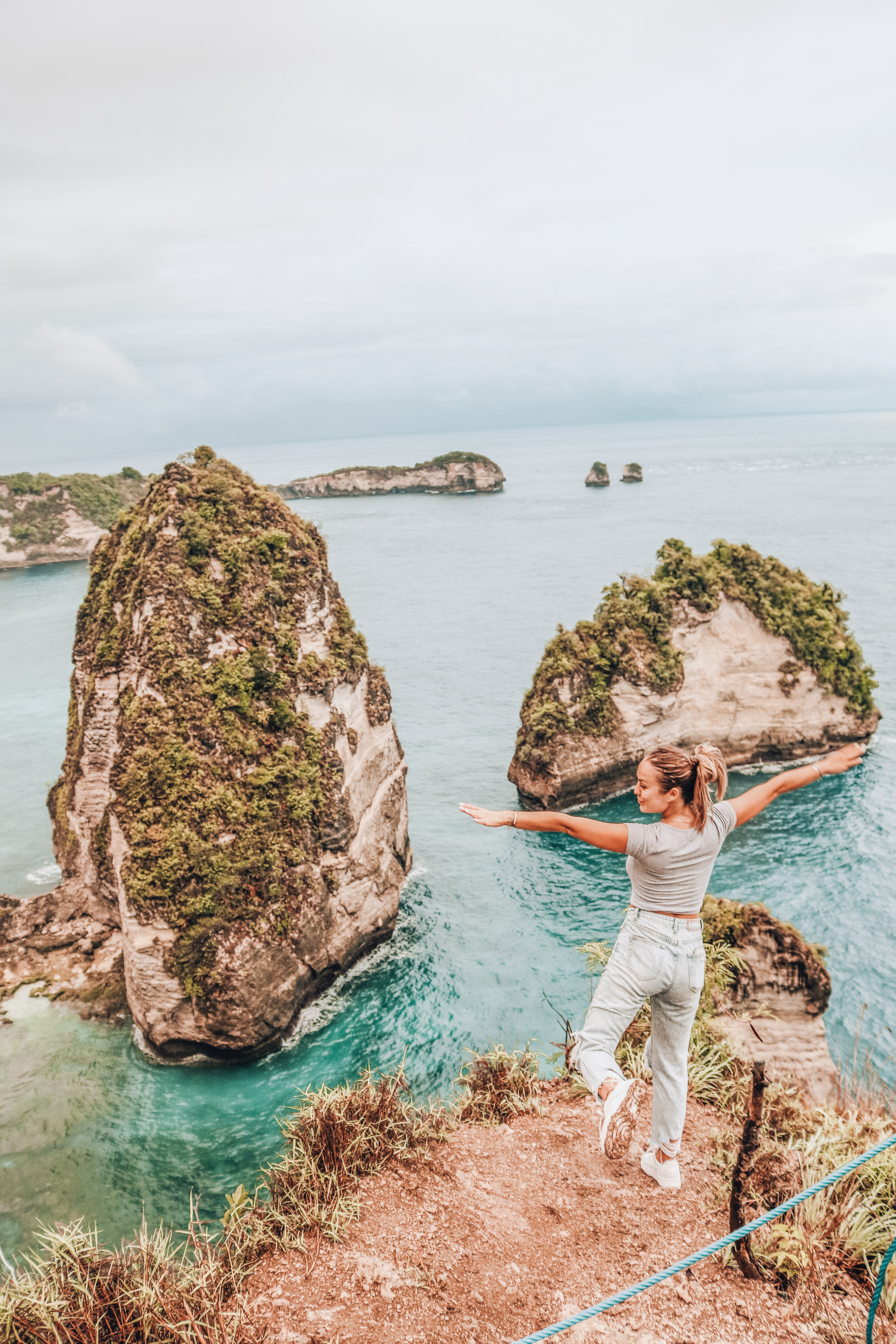 thousand-islands-view-point-nusa-penida.jpg