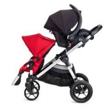The infant seat can be replaced with another toddler seat and they can be arranged to face each other or apart.