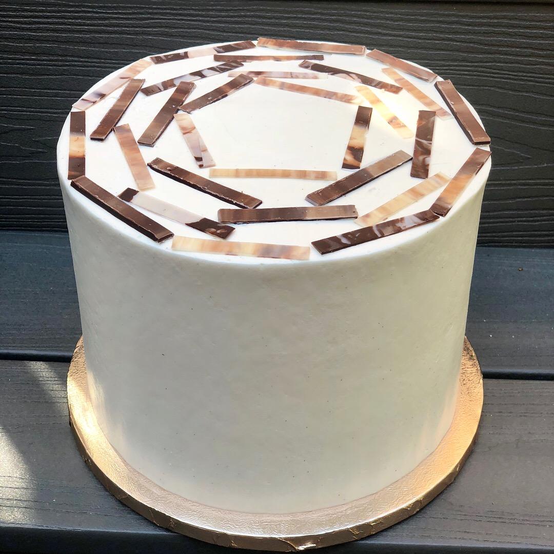 choc pentagon cake.JPG