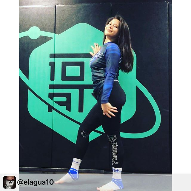 True killers always have style. . . . Repost @elagua10:  Favorite combination! @phalanx_usa spats and my blue belt ranked rash guard from @10th_planet_altus ! Also highlight of the outfit would be my @nevertapgear ankle sleeves gifted to me from @mary_a_b 💗 I really love how phalanx spats feel so I'd highly recommend getting a pair, I'm lucky enough I snagged mine from @jacobimpok.jpg ;) . . . #bjjfamily #bjjnogi #bjjdrills #drillbjj #bjj #jiujitsubrasil #jiujitsulife #jiujitsu #jiujitsumemes #jiujitsuforeveryone #jiujitsugirls #jiujitsu_style_life