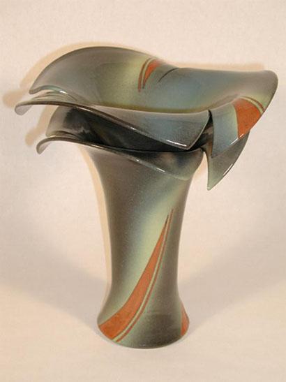 """2003 """"Cosmic Swanflower"""" Vase"""