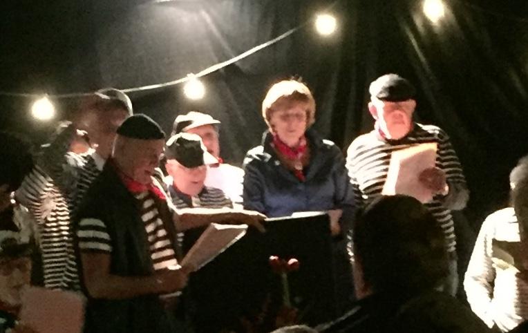 The Mayor singing with the Sailors Choir.
