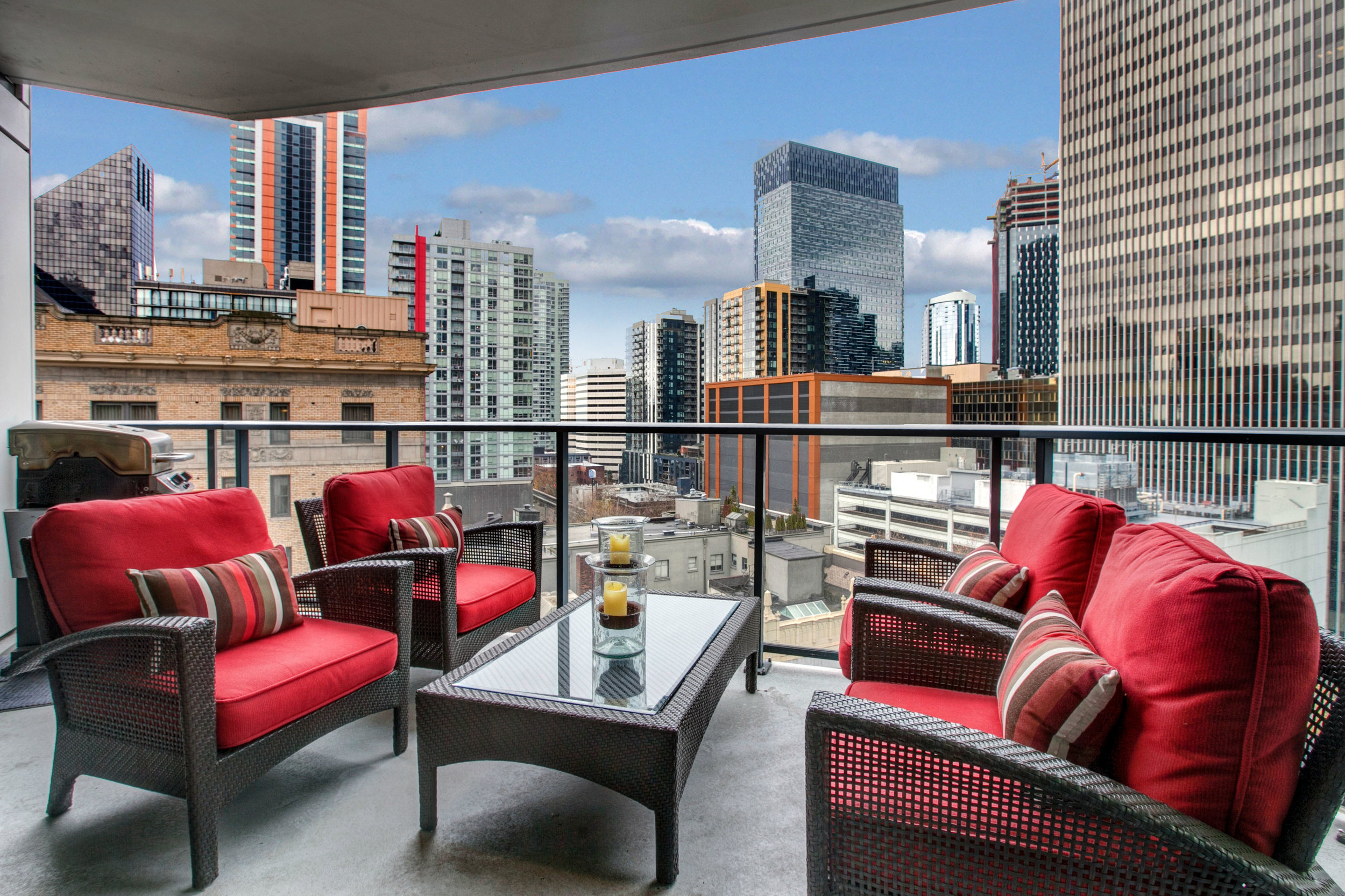 SOLD | ESCALA # 811 - 2 Bedroom, 2 Bathrooms, 1,607 Square Feet2 Parking Space, 1 Storage UnitSOLD at $995,000