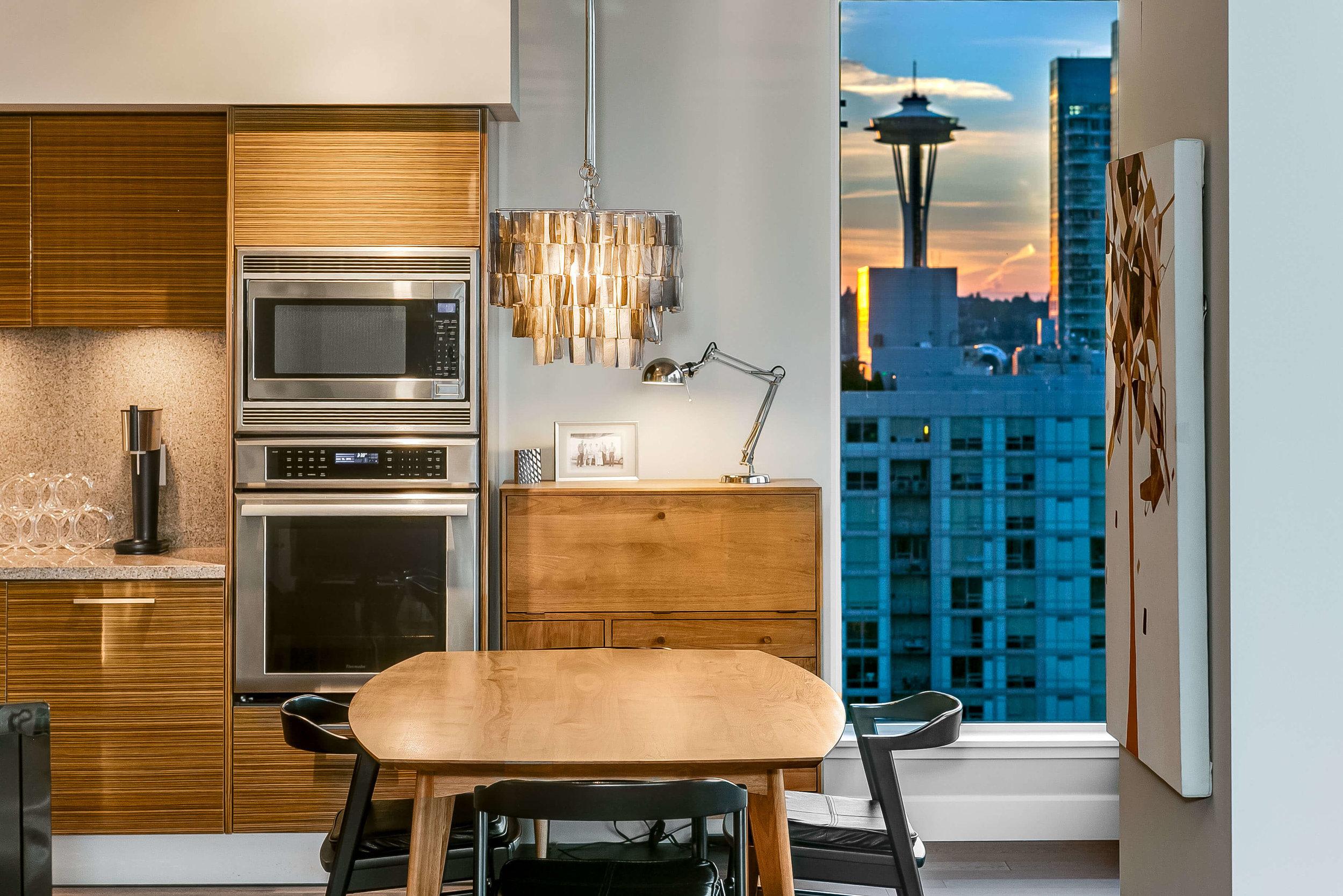 1920 4th Ave #2406 Seattle Washington 98101 Space Needle Views