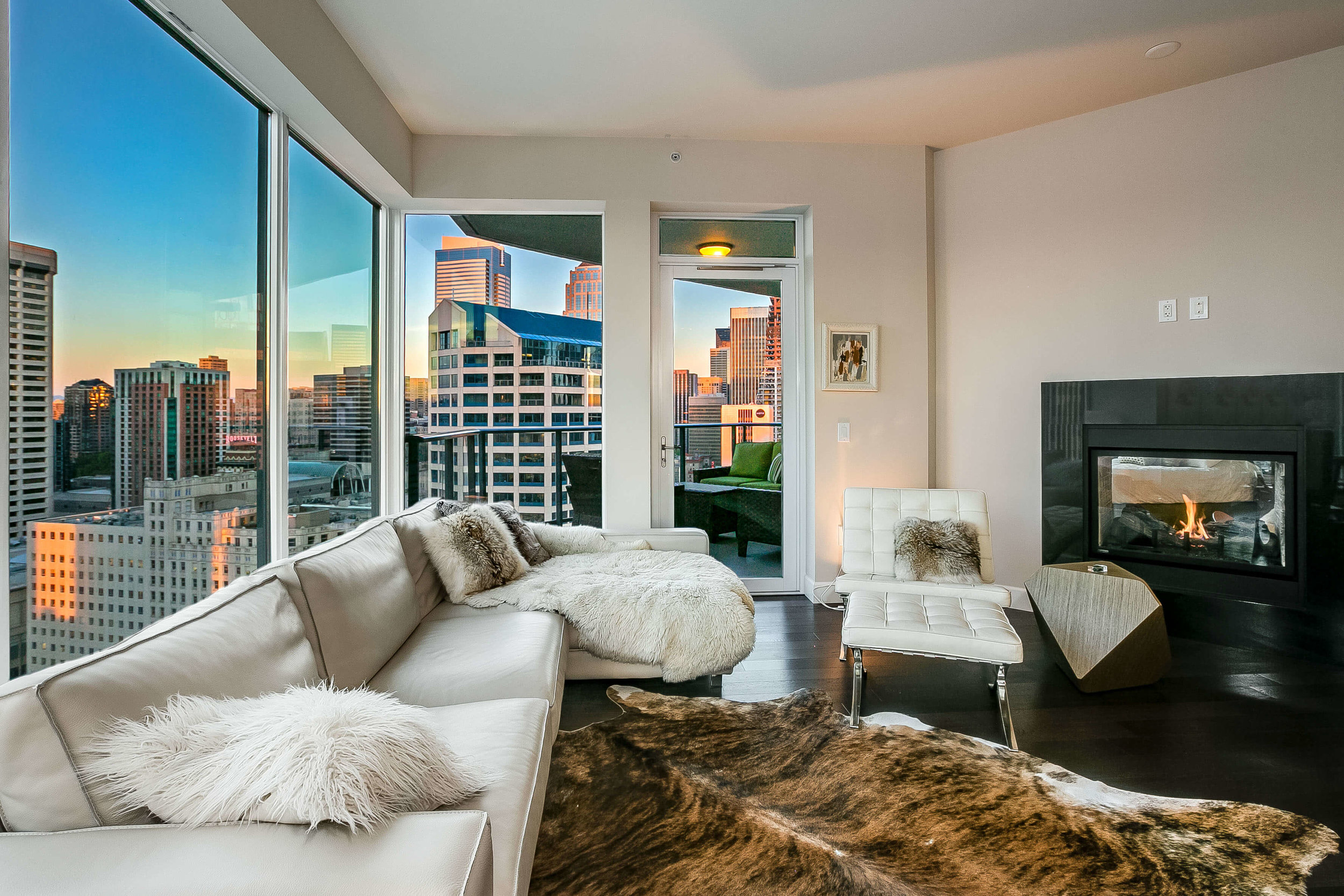 ESCALA #2406 - 2 Bedrooms, 2 Bathrooms, 1,607 Square Feet2 Parking SpacesOffered at $1,375,000