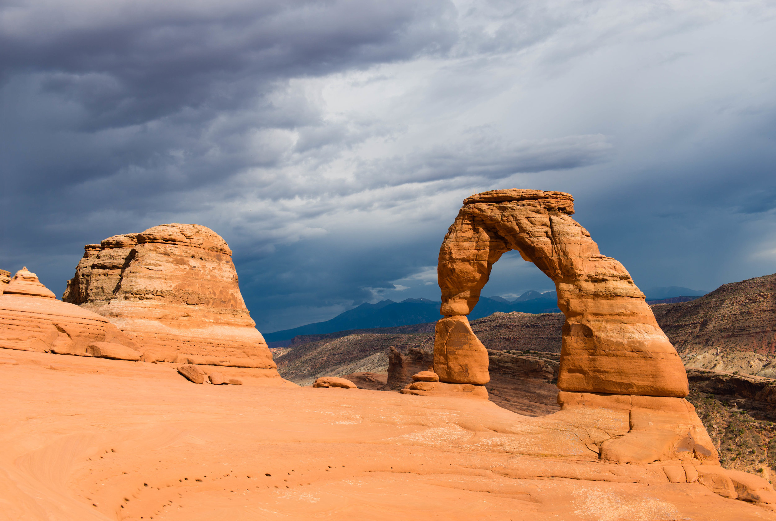 This is my picture of Delicate Arch. There are many like it, but this one is mine.