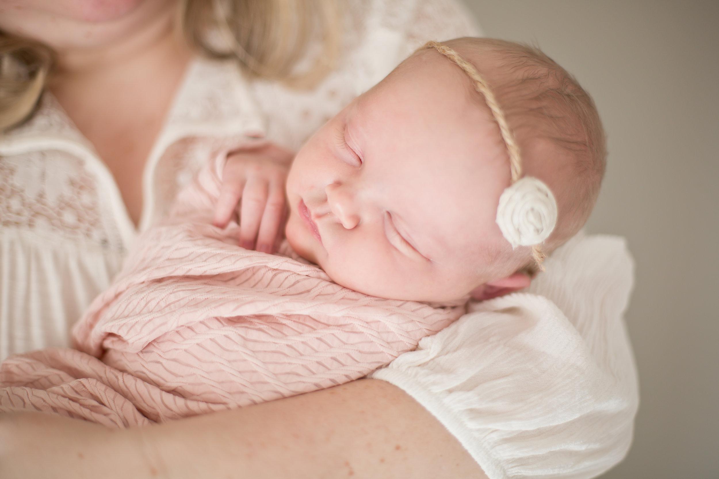 Gardnerville_Minden_NV_Newborn_Photographer_09.jpg