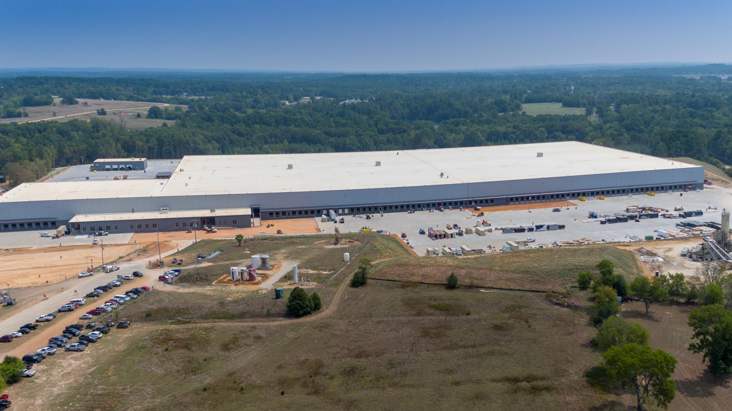 Construction Progress Overview Distribution Center