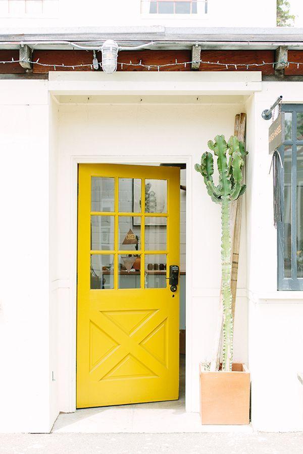 what-colors-to-paint-my-front-door 10.jpg