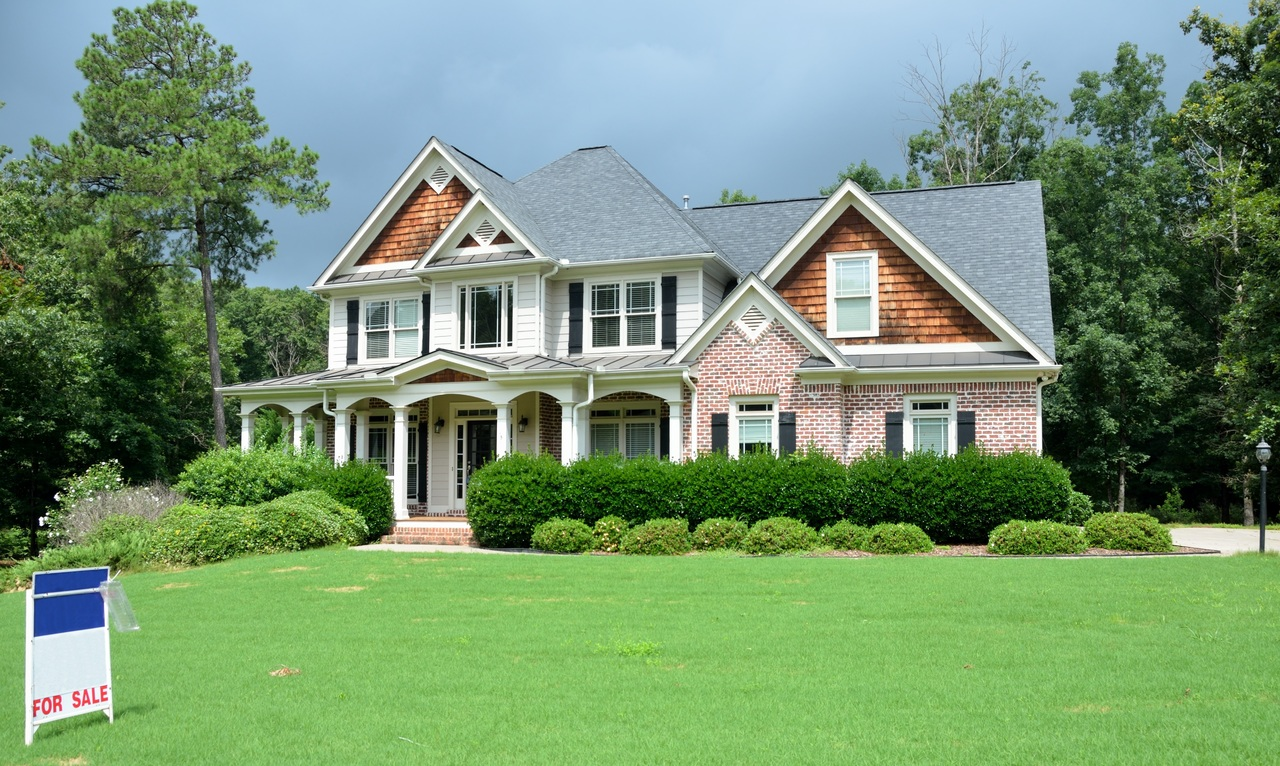 8 Things that Decrease Your Home Value.jpg