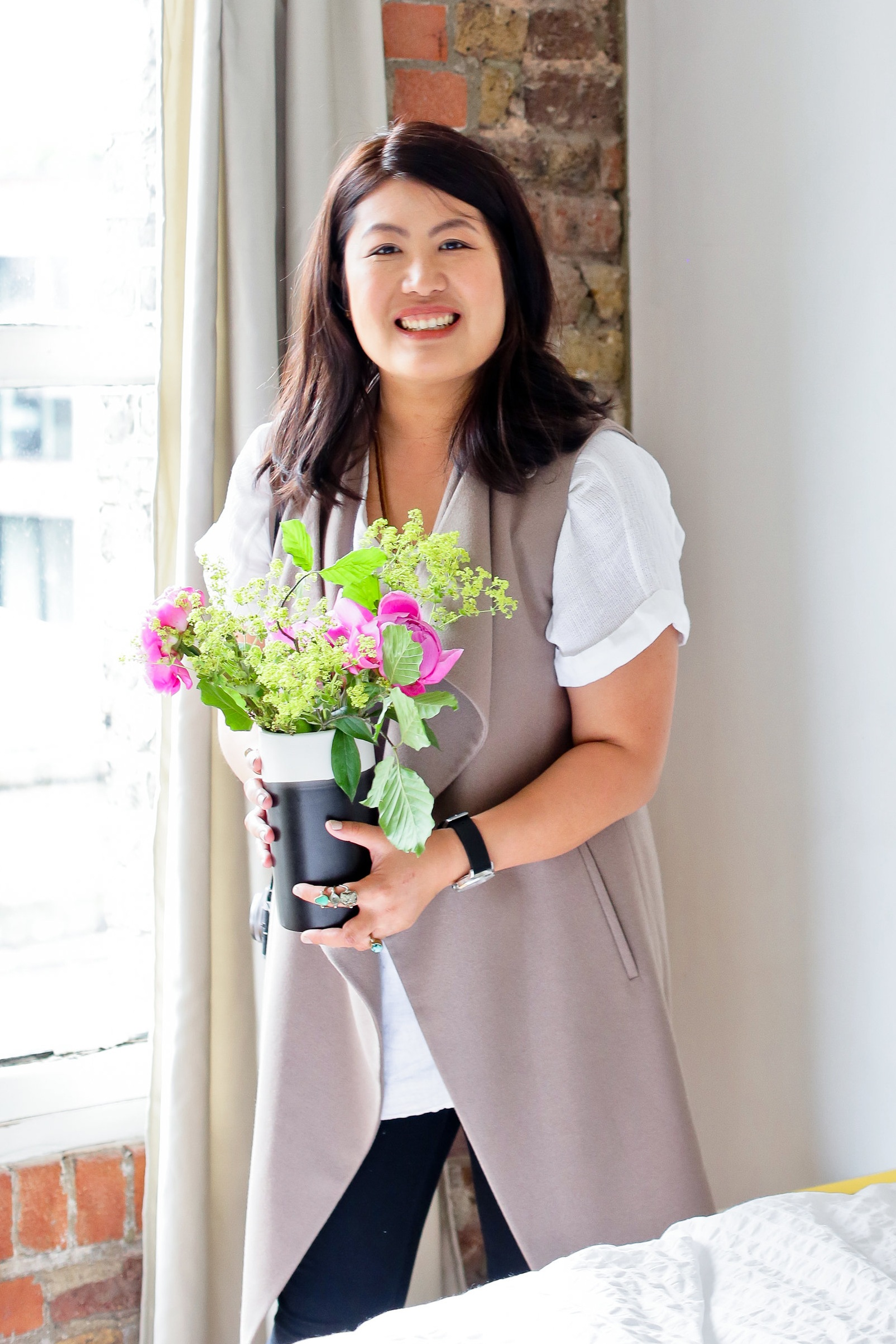 About Cindy Lin, the Host of The Home Staging Show Podcast