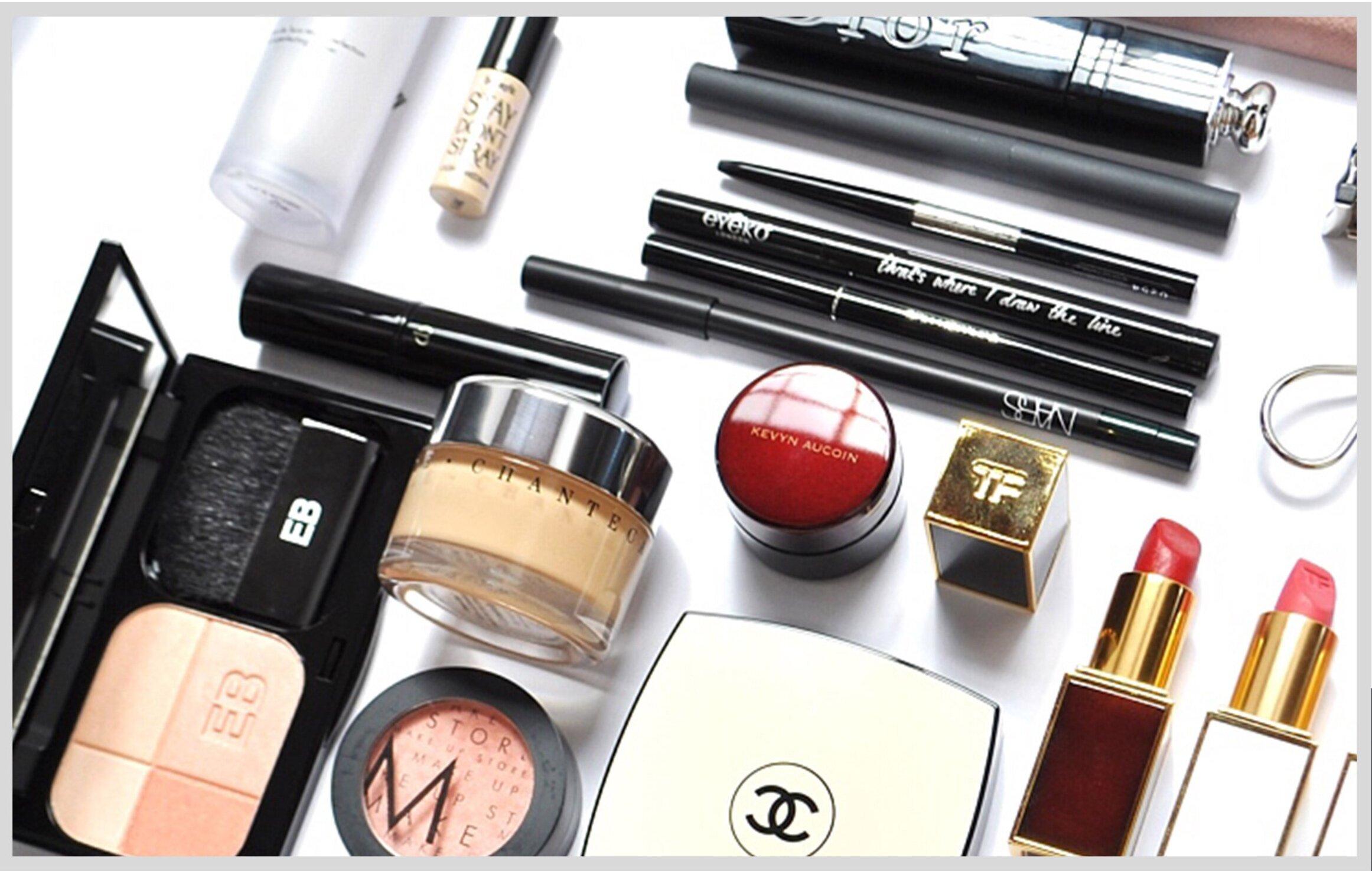 StudioCraft+Blog+-+Do+you+need+a+makeup+Artist.jpg