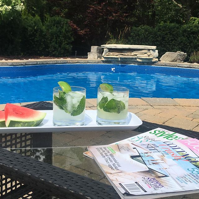 Ending a great long weekend with some yummy keto mojitos. Feeling refreshed and ready to get to work designing a new master bath this week. Hope you all had a wonderful weekend. ☀️🍉🍹