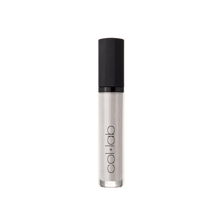 collab-glow-with-the-flow-lip-shine-easyglowing-closed.png