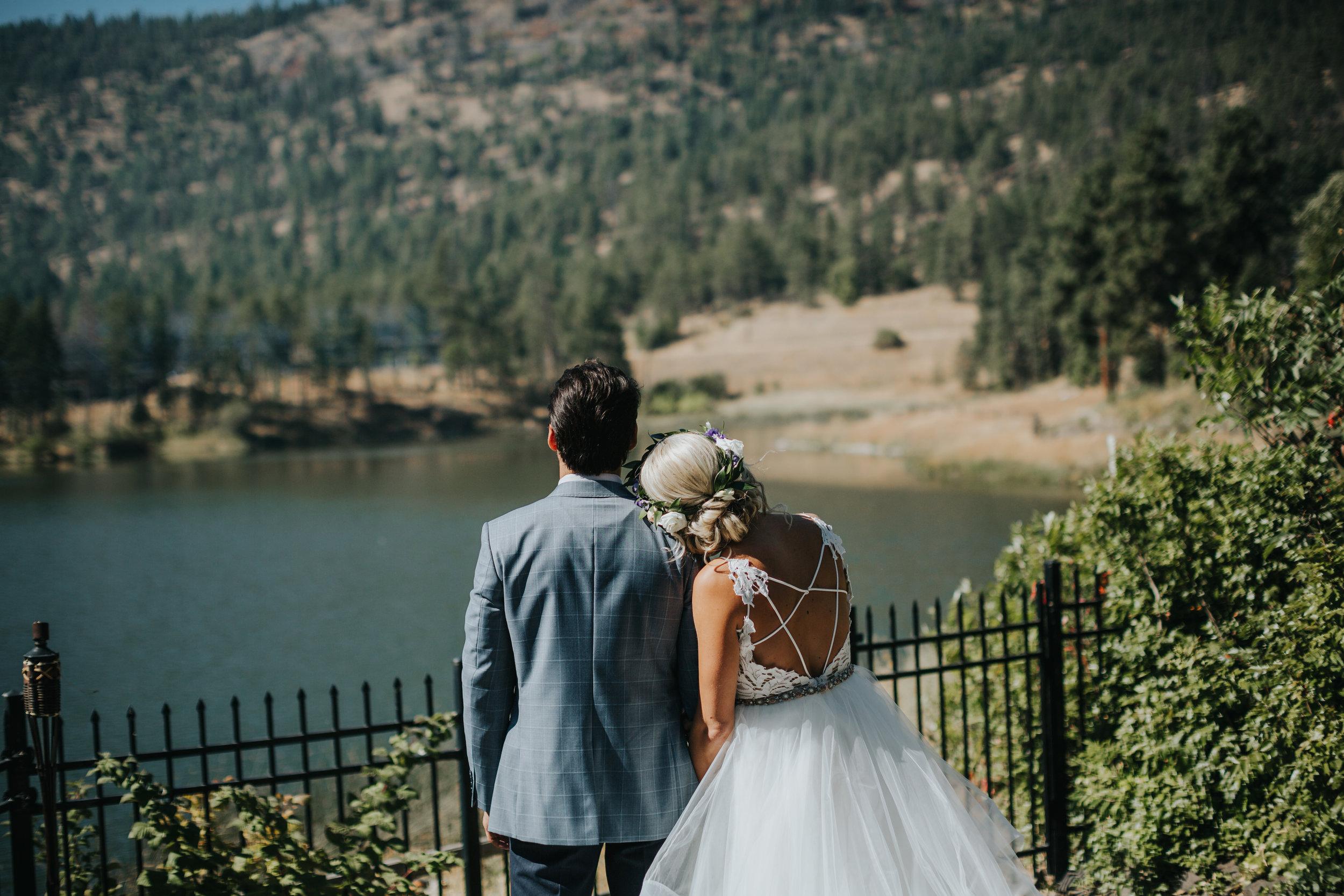 Aaron+Lindsey_Wedding1054.jpg