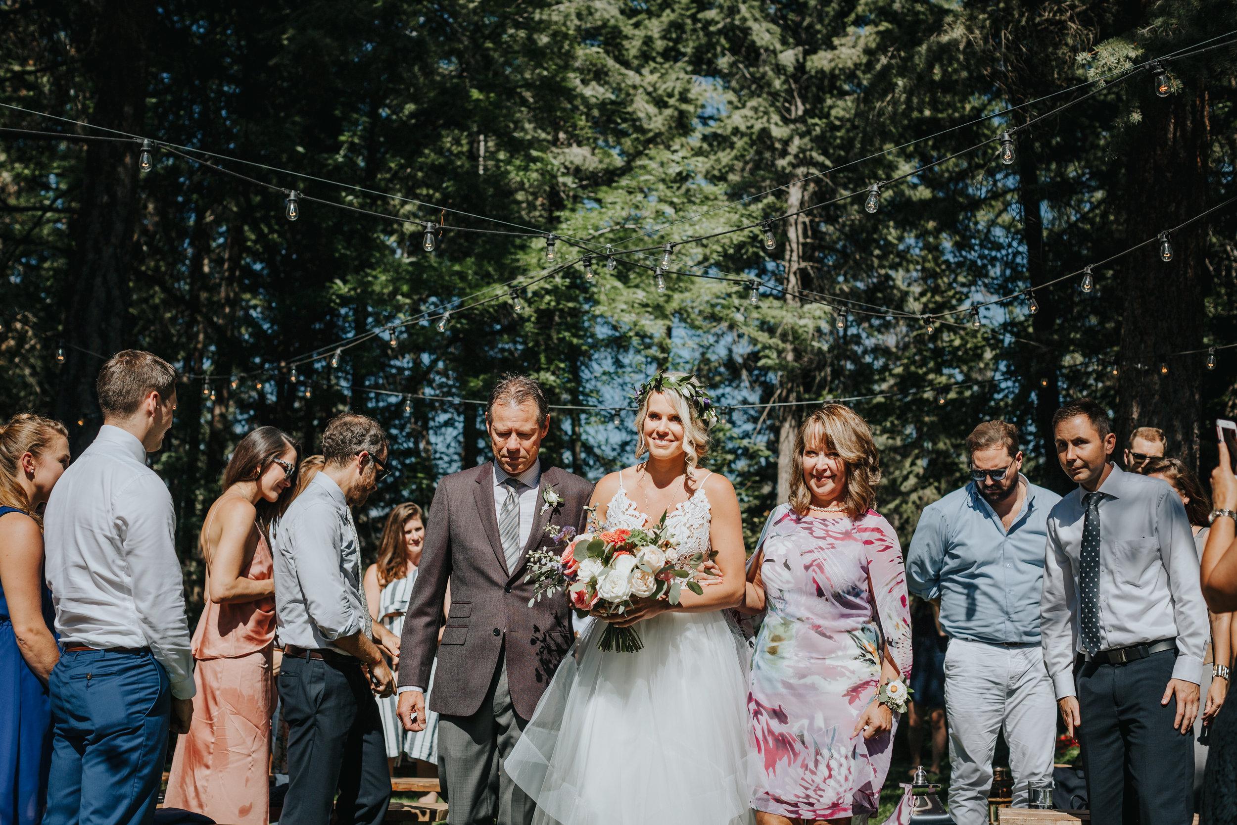 Aaron+Lindsey_Wedding1798.jpg