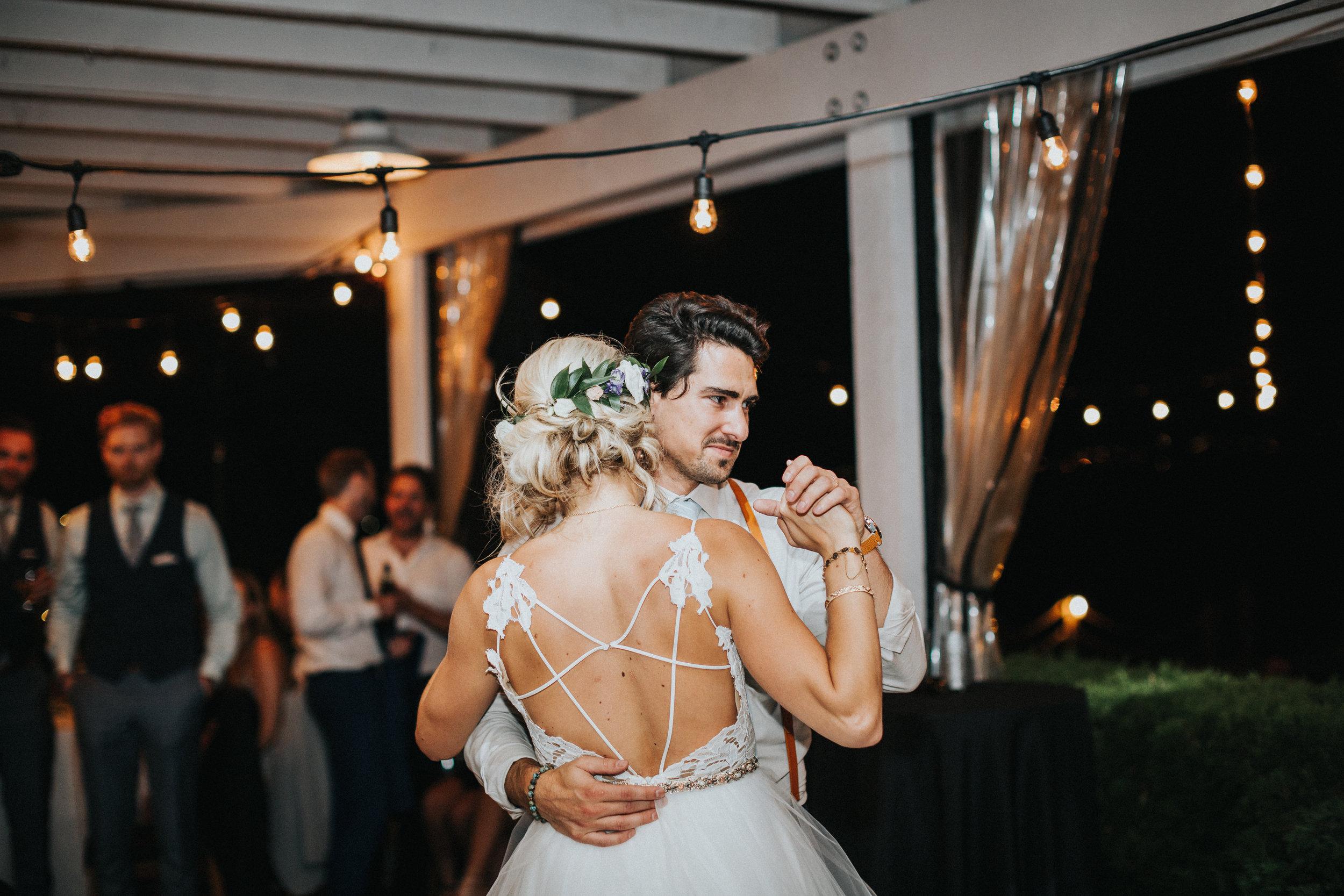 Aaron+Lindsey_Wedding6643.jpg