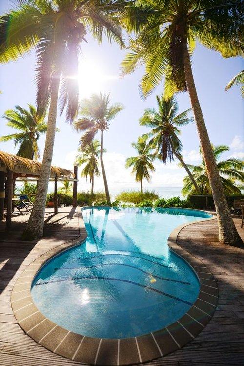 Tamanu Beach Pool Aitutaki