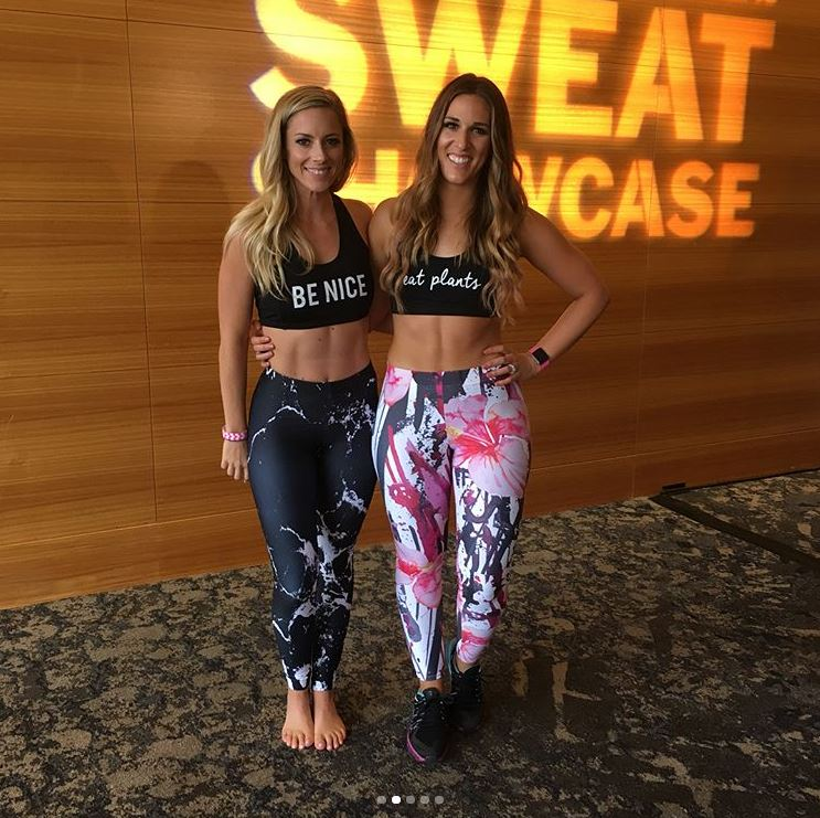 @lindsayrenefitness and I repped @SunLovinRoots for the day!