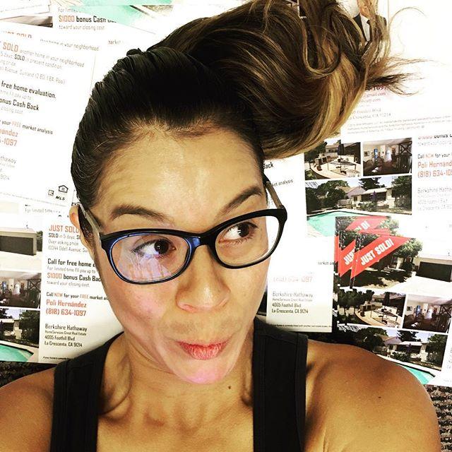 Sold in less than five days and over asking price!! Does EDDM advertising actually work??? We're about to find out! ____________ #justsold #overasking #realestate #realestateagent #listing #losangeles #nela #highlandpark #silverlake #realty #realtor #socialmedia #marketing #advertising #eddm #lacresenta #sunland #tujunga #policarpteam #bhhs #fatherdaughter #montrose #entrepreneur #hustle