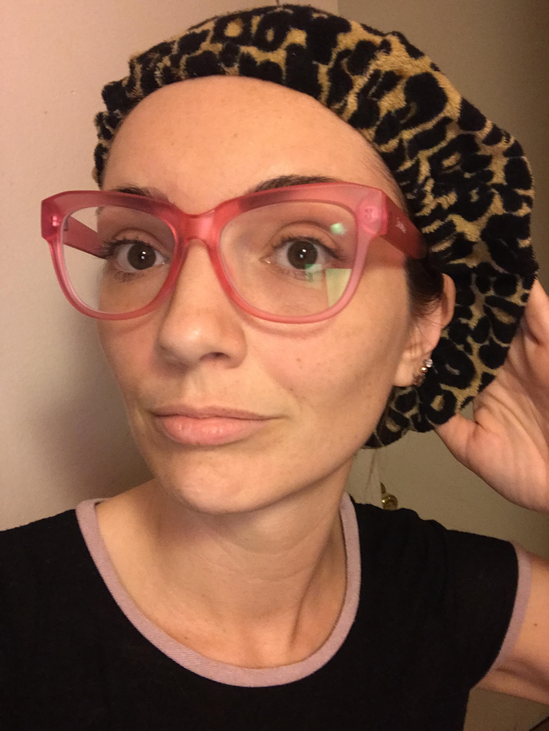 Tassi Hair Wrap - Keeps my fringe fresh
