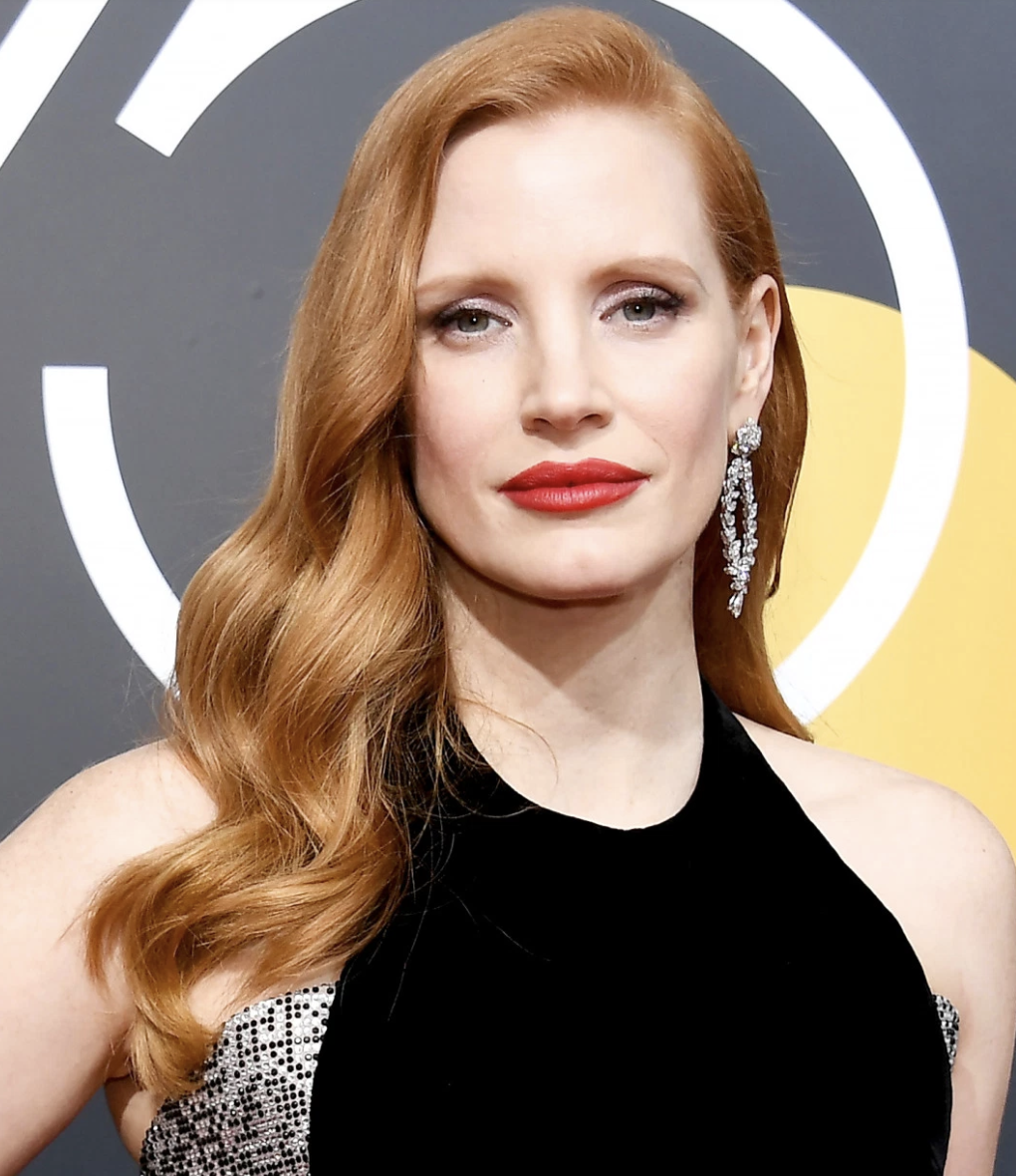 Jessica Chastain - I'm DEAD. Jessica is my wife/best friend/literal embodiment of my life goals. She is a vegan Queen with a 3 legged rescue dog and she slays every role she plays! Plus her Ariel hair is my dream shade. The best red lip of the NIGHT goes to Ms. Chastain. Thank you for choking me and taking my air away, it was an honor.