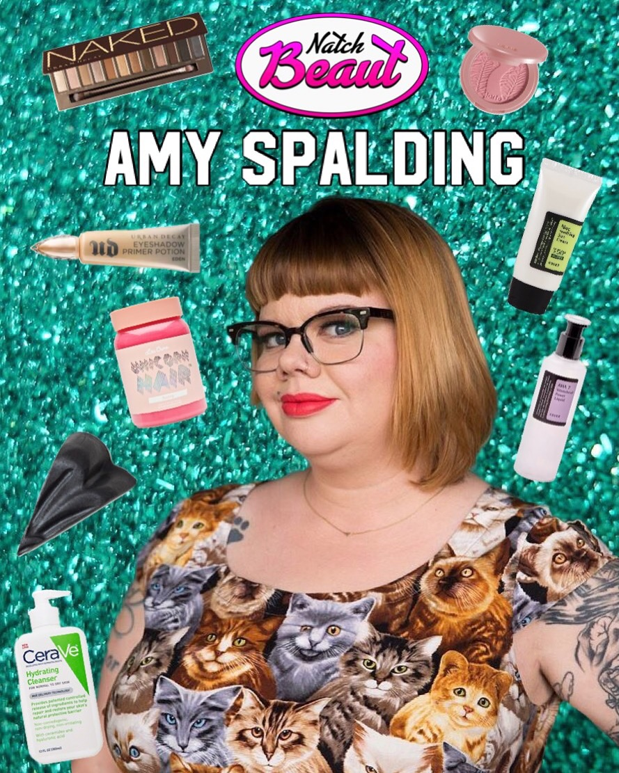Author and Glasses Hottie Amy Spalding