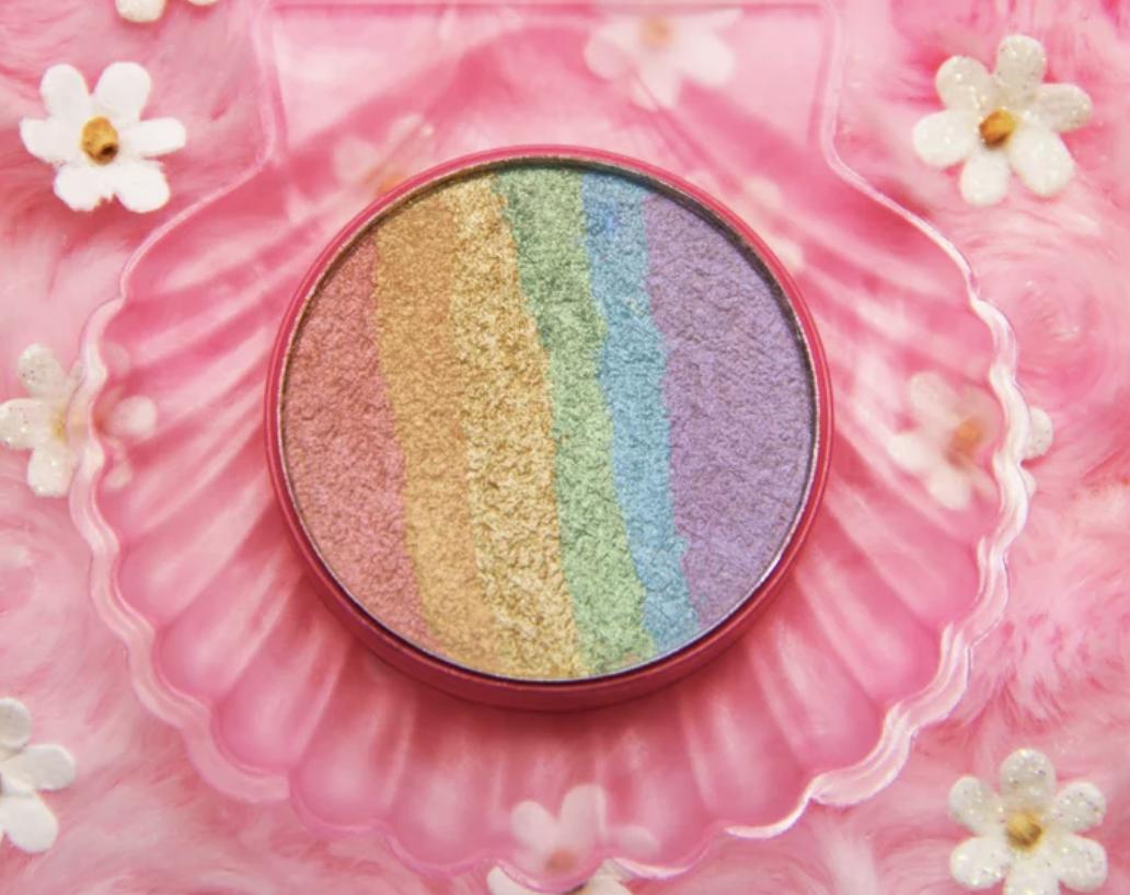 Chaos makeup rainbow highlighter