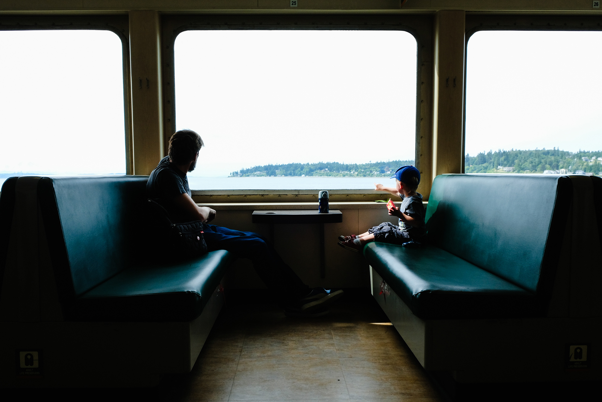 ferry ride seattle family photographer