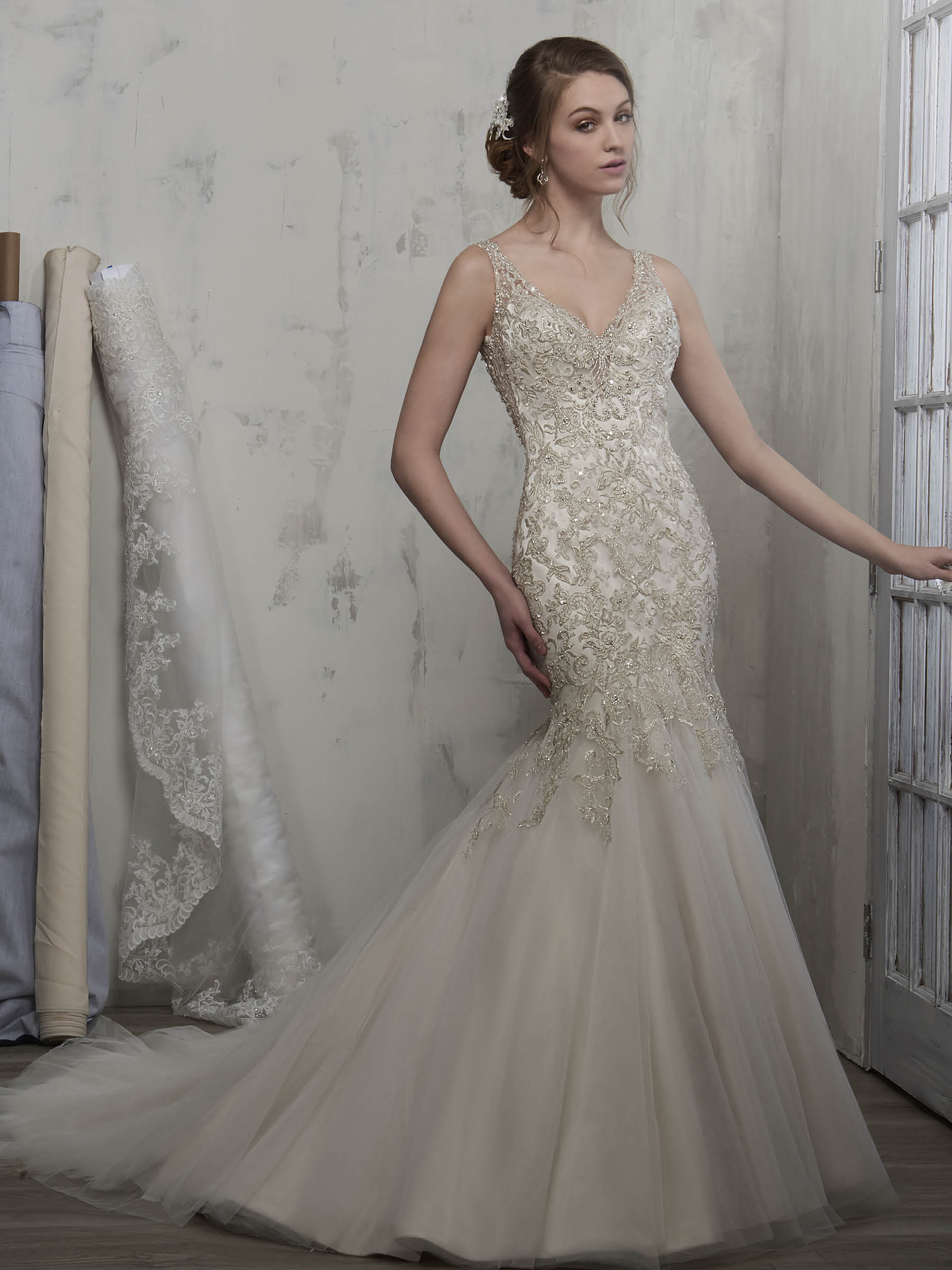 Mary's Bridal Couture D8178 - Clearance Price : 1495$