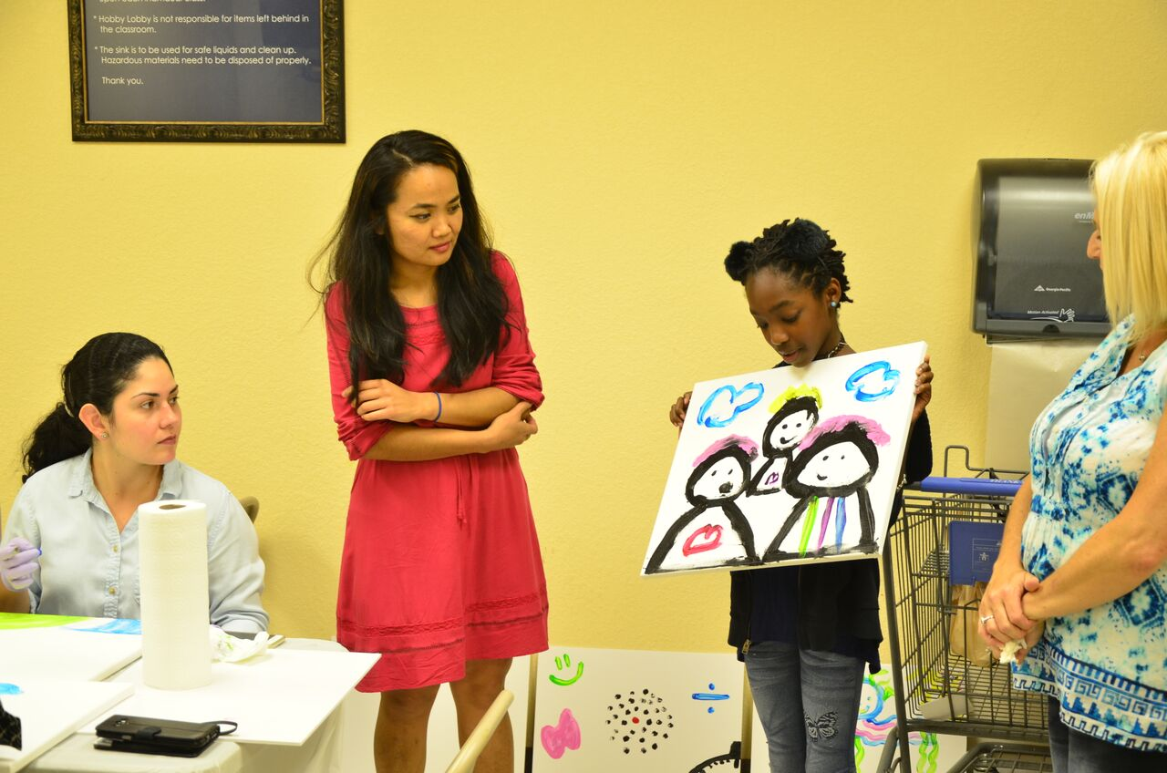 Using creativity and group activities, Golda has helped women and children to express their inner struggles on canvas. -
