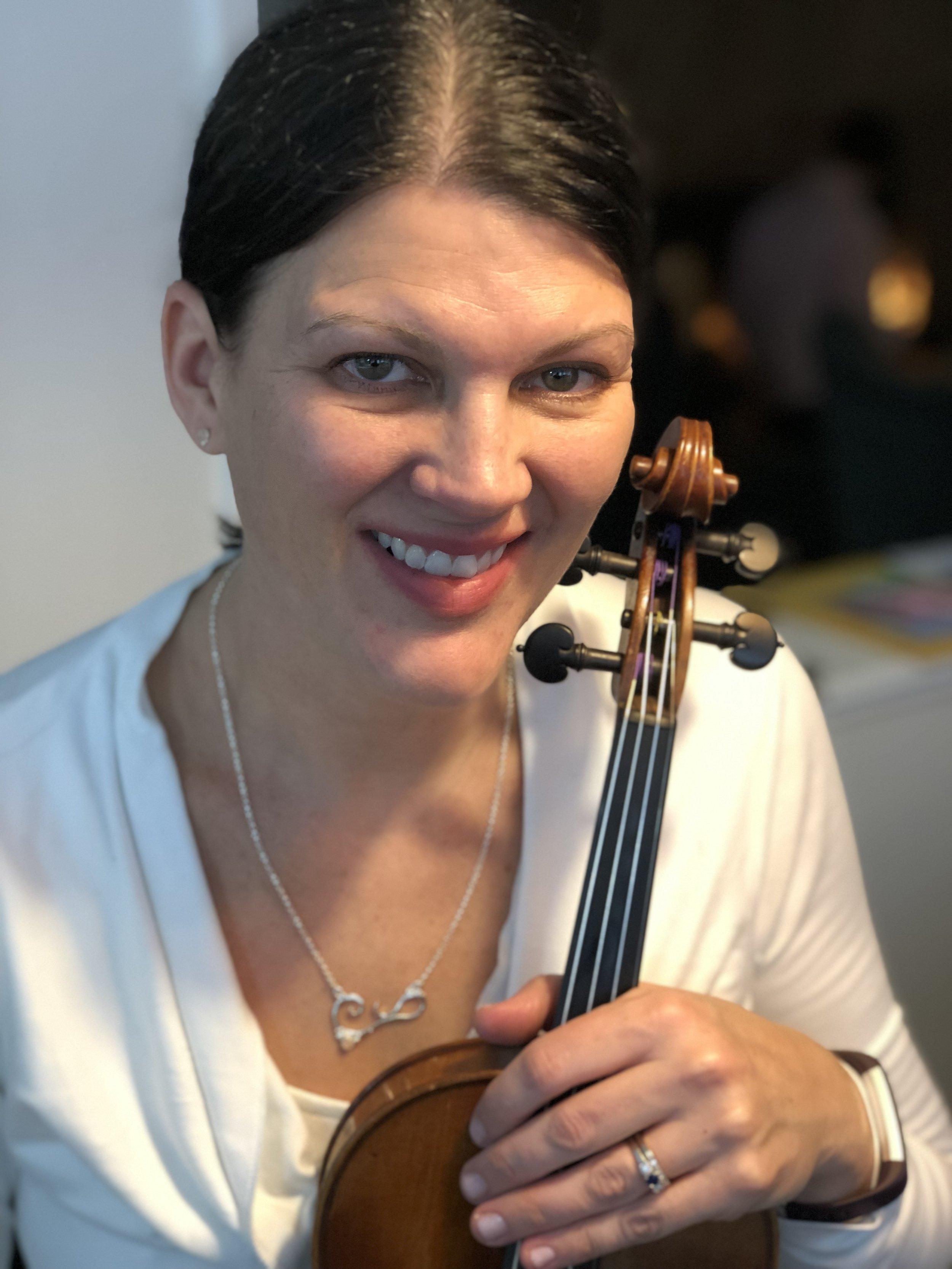 Jennifer Sheridan,  Violin (Suzuki & Trad)