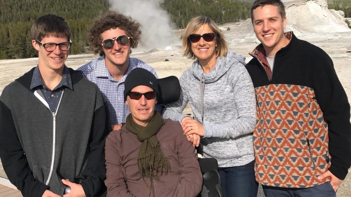 Robin_Family_Yellowstone-e1496167639452-1140x641.jpg