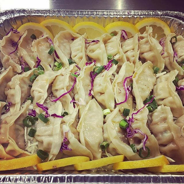 today, we had some DUMPS in the TRUNK #koreandumplings #catering  #giwakitchen #koreanfoodlover #phillyfoodporn #phillyeats #phillyfoodjawns #eaterphilly #swagfoodphilly #bestfoodphilly #phillygram