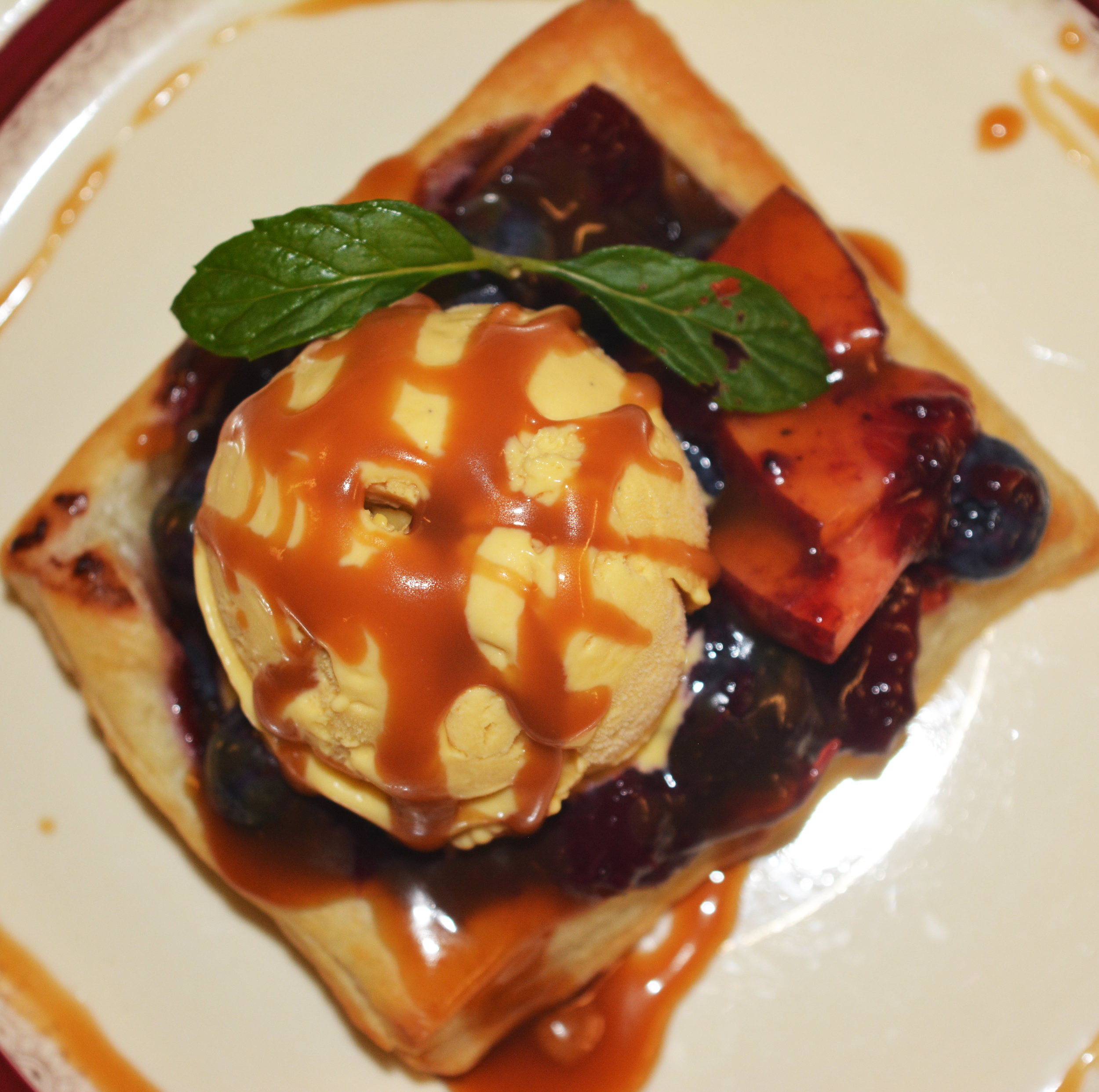 blueberry peach puff pastry.jpg