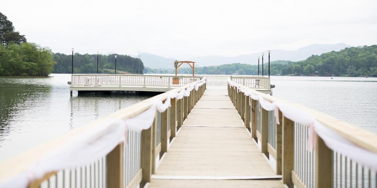 The-Ridges-Resort-wedding-Hiawassee-GA-175558-orig.1496858997.jpg