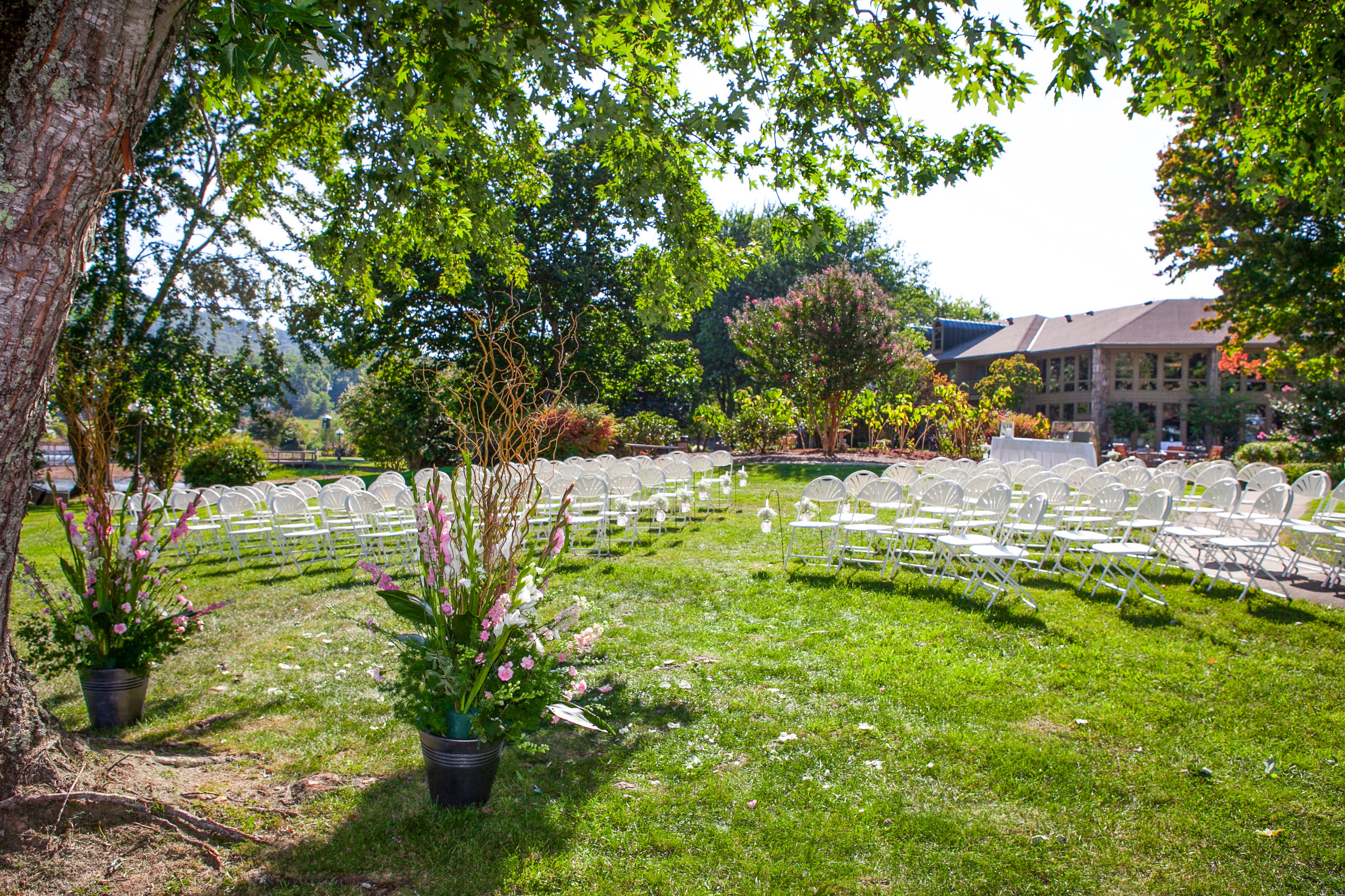 Bufton White Ceremony - Lodge.jpg