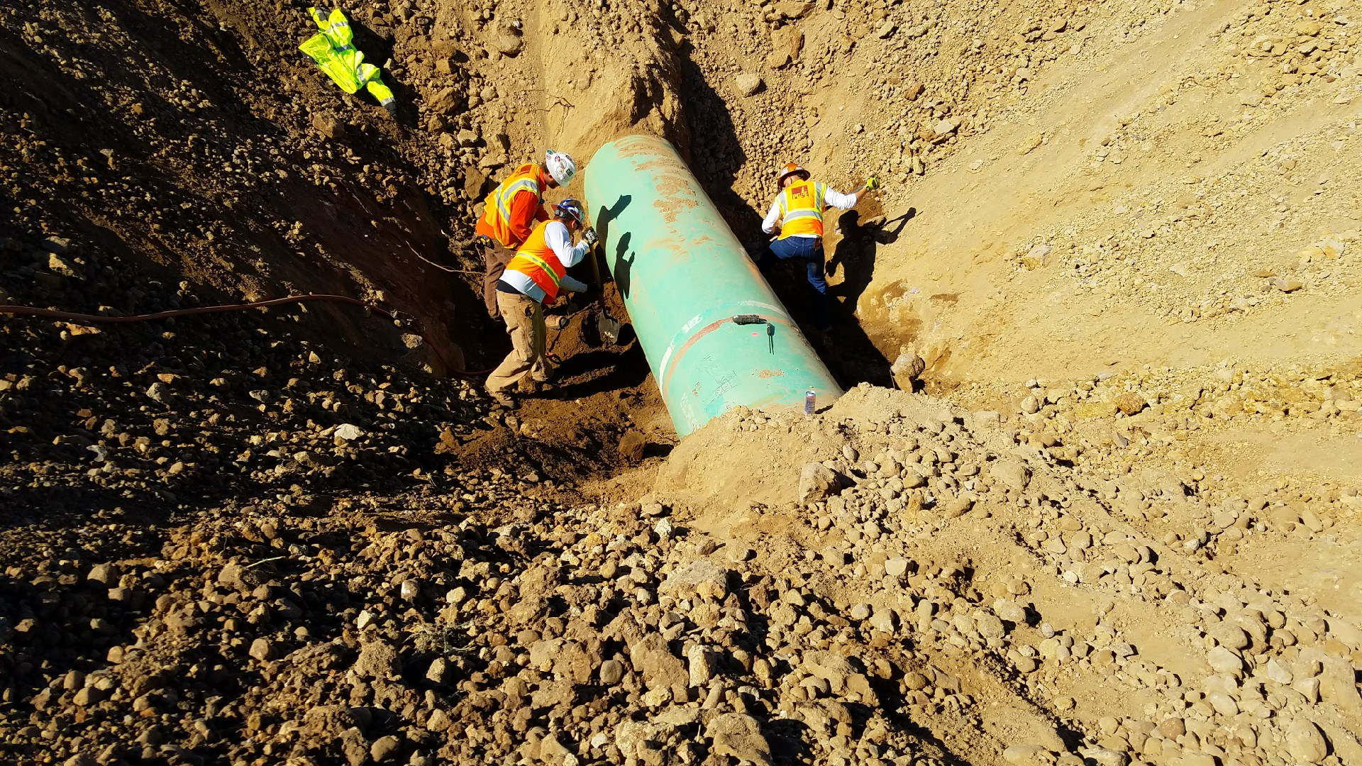 Direct Examination - We provide a wide range of direct examination services. Our DE services include microbiological induced corrosion testing, NACE coating inspections,direct pipe inspections, weld inspections, cathodic protection readings, and corrosion investigation. Contact us for further details on direct examination services.
