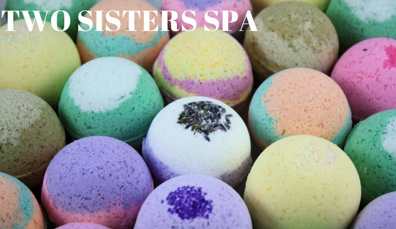 2017_MPLS Madwomen_Two Sister Spa_Bathbombs.png