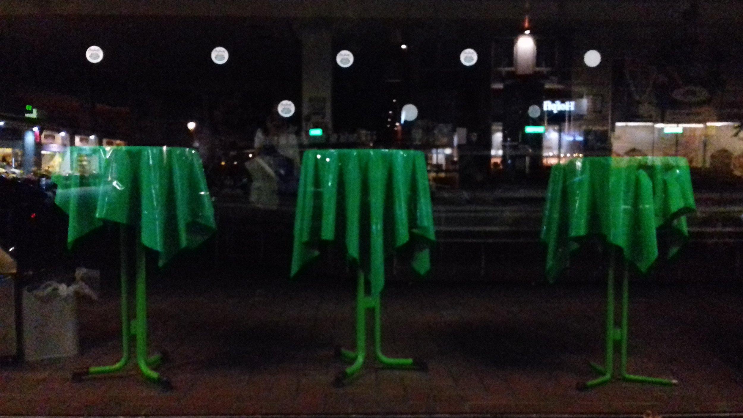 Inspiration: wicked tables at Berlin indoor market
