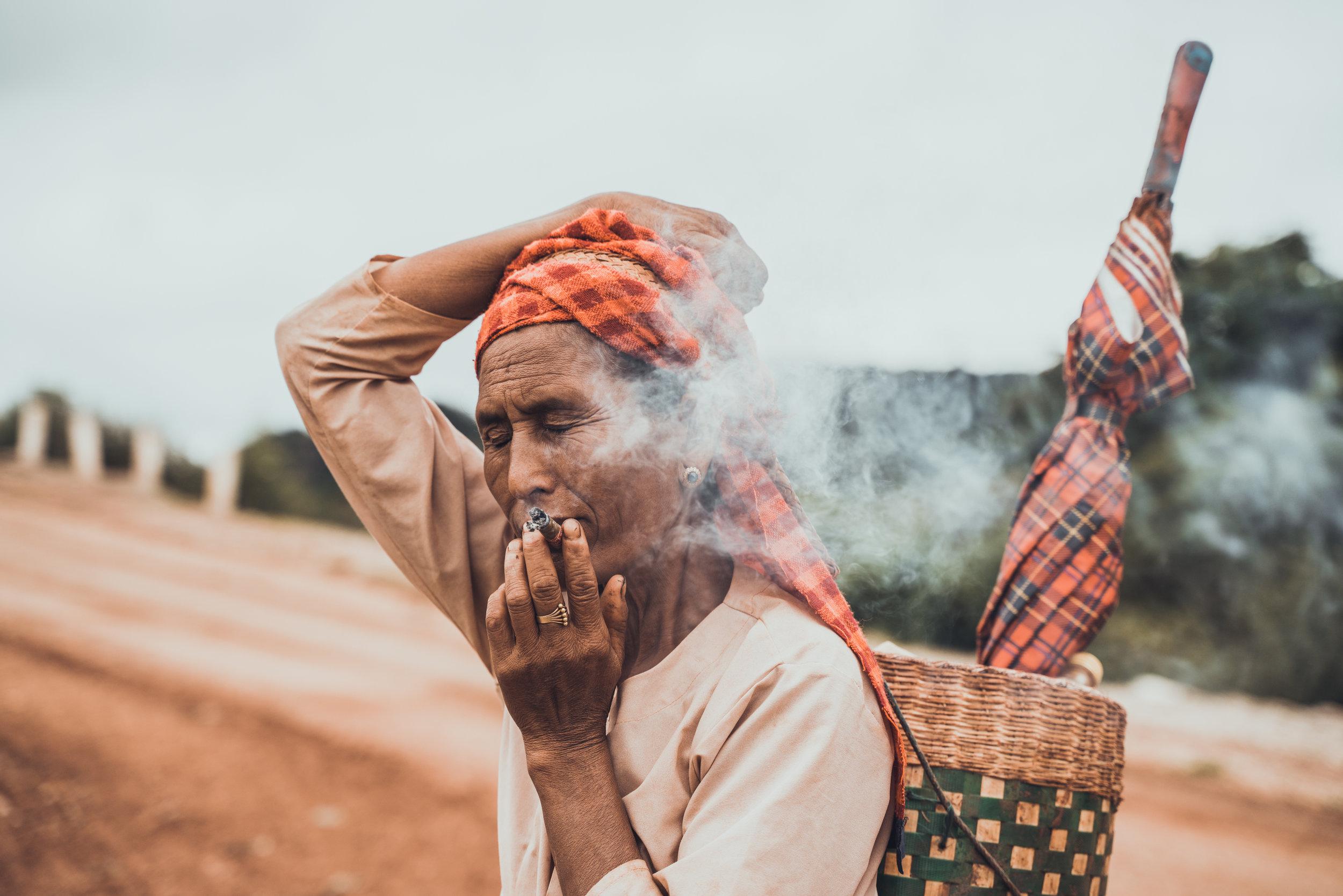 MYANMAR - PHOTOGRAPHY