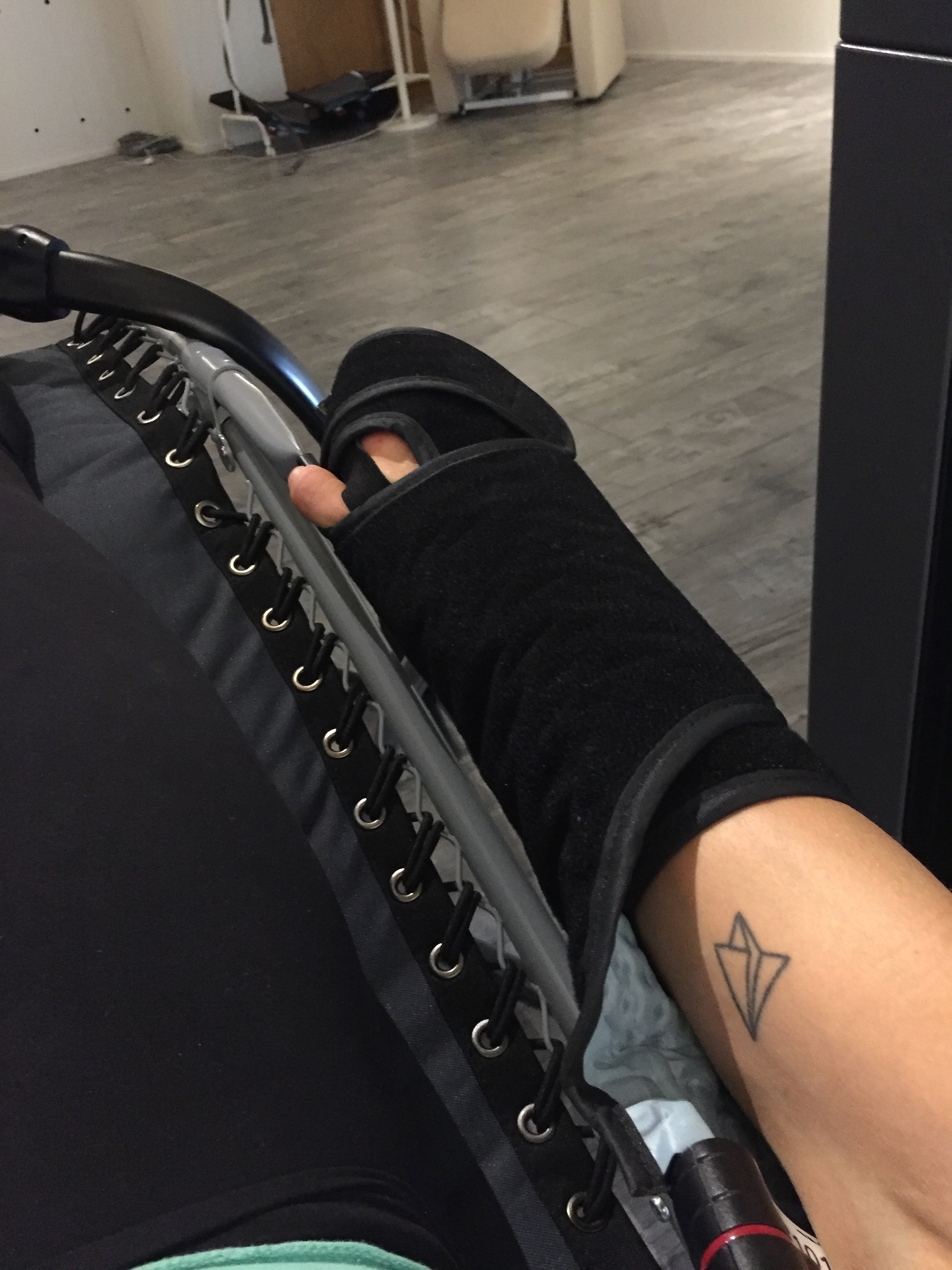Trying the Game Ready cold-warm compression therapy
