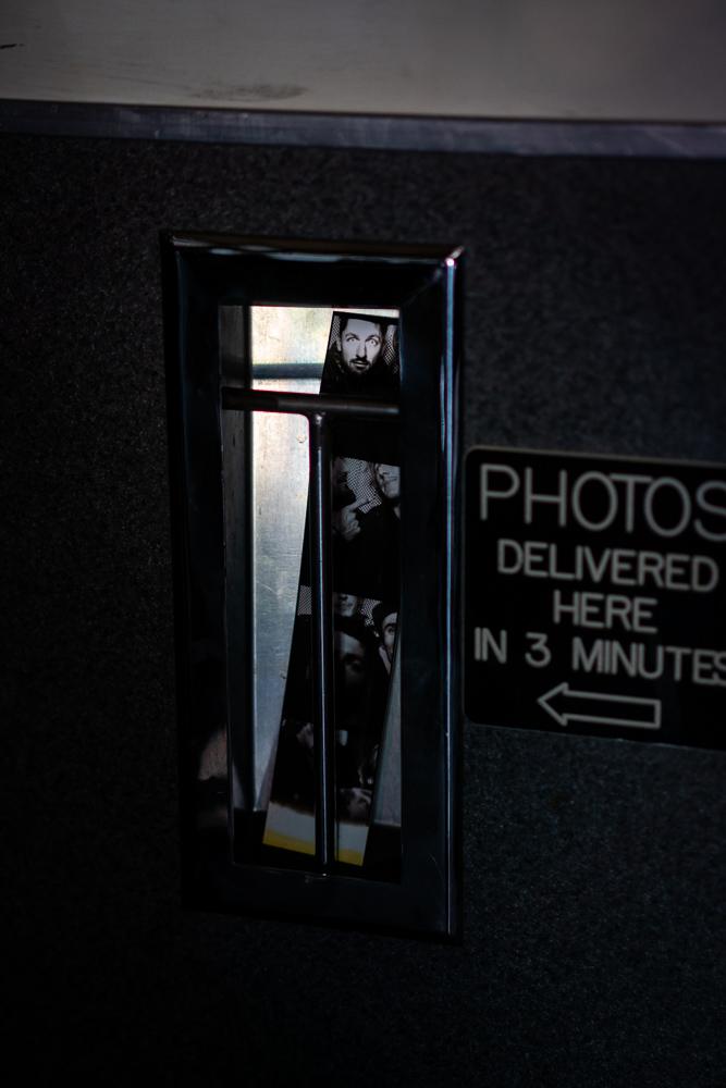 Photo machine