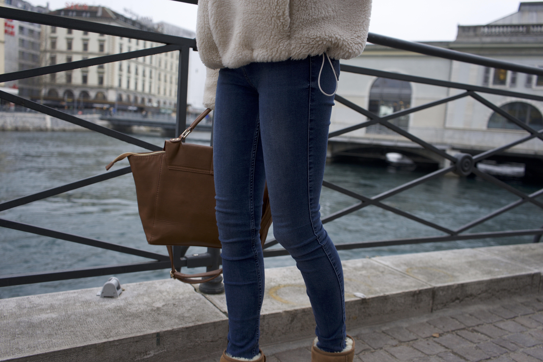 Zoom jeans .jpg