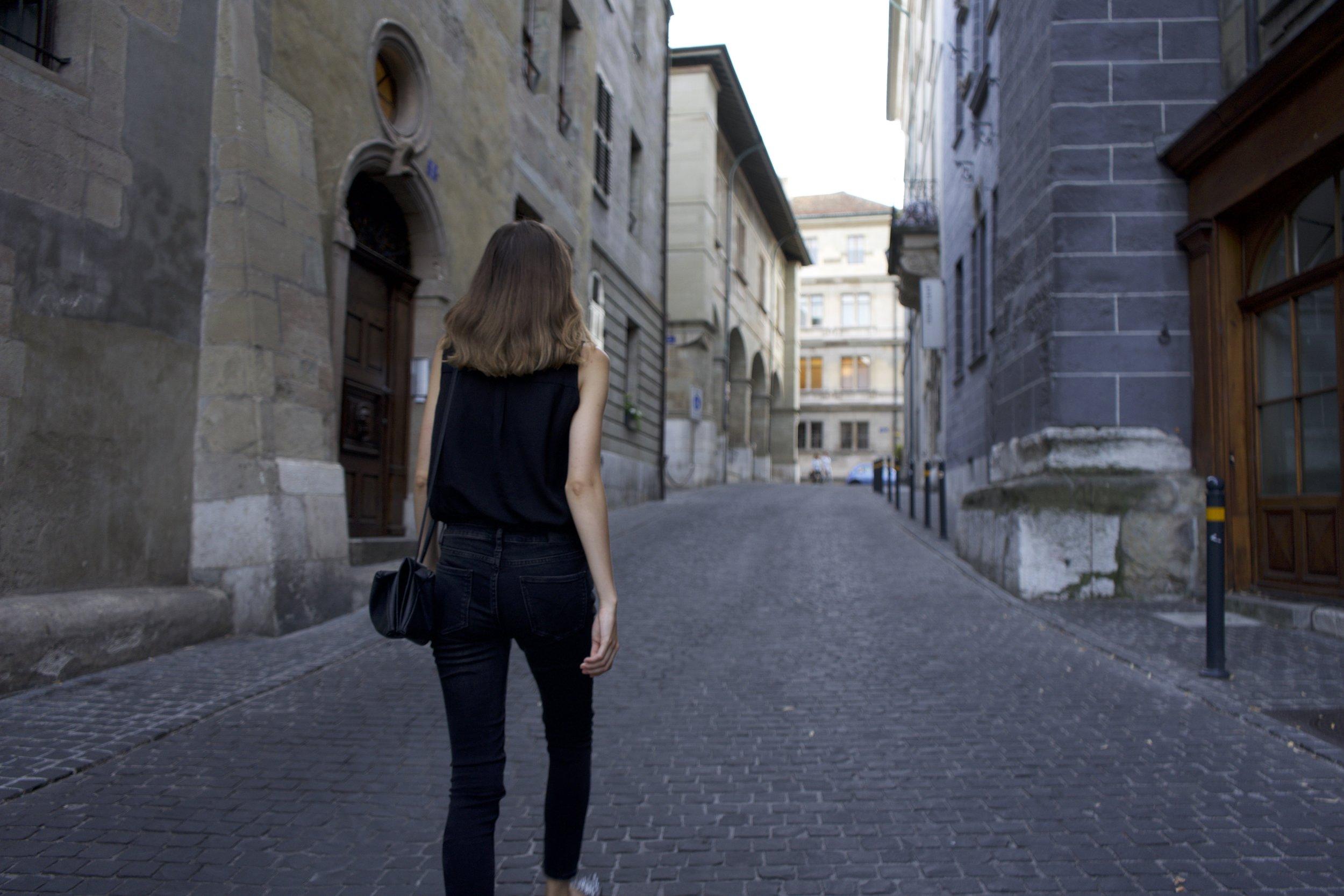 back tenue zoom .jpg