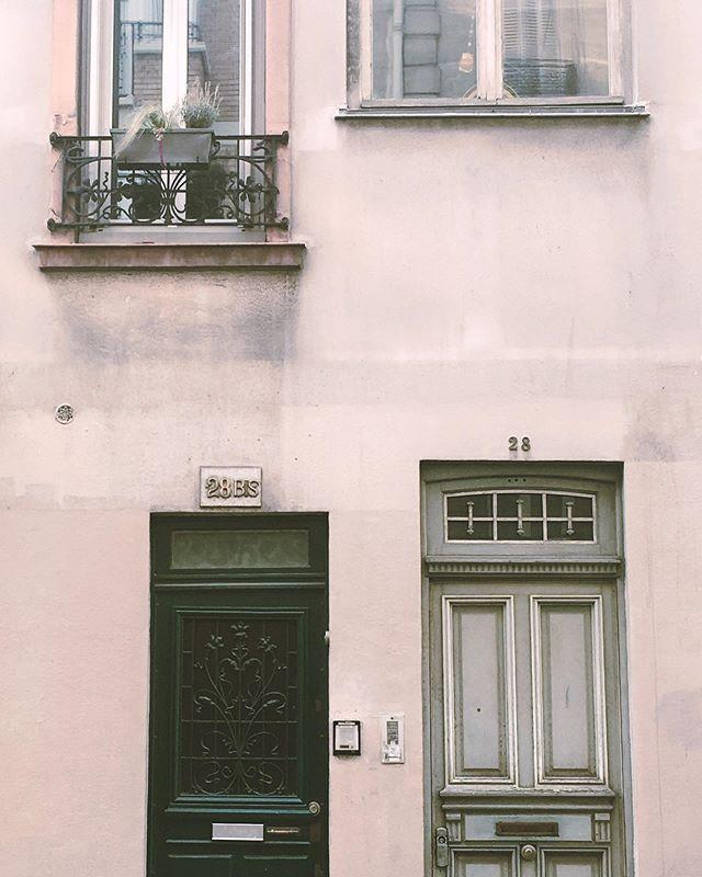 Paris l'été 🎈🌝 #paris14 #paris #été #summer #lesportesdeparis